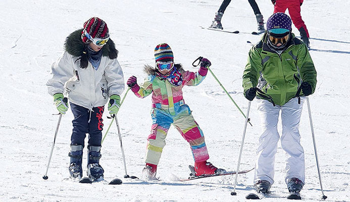 Snowball effect: ski resorts and skating rinks across the country have been booming in recent years as more and more Chinese choose to spend holidays and leisure time in areas noted for their winter sports activities CREDIT: LIU DEBIN/FOR CHINA DAILY
