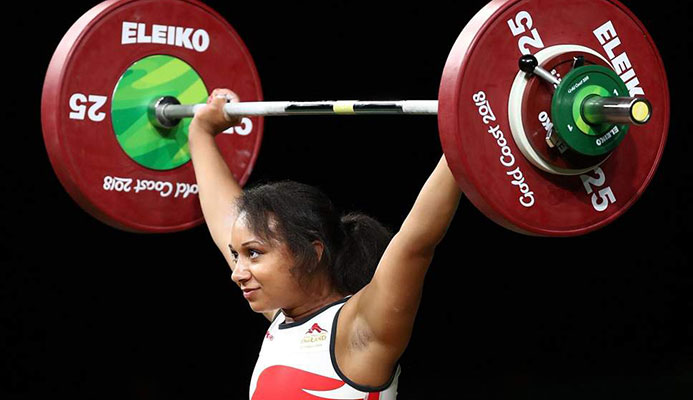 Zoe Smith won silver in the 63kg final at the Commonwealth Games ( Getty )